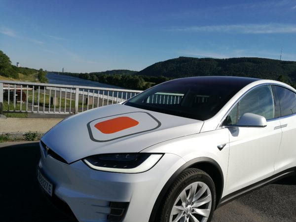 ITSM Partner TESLA Model X