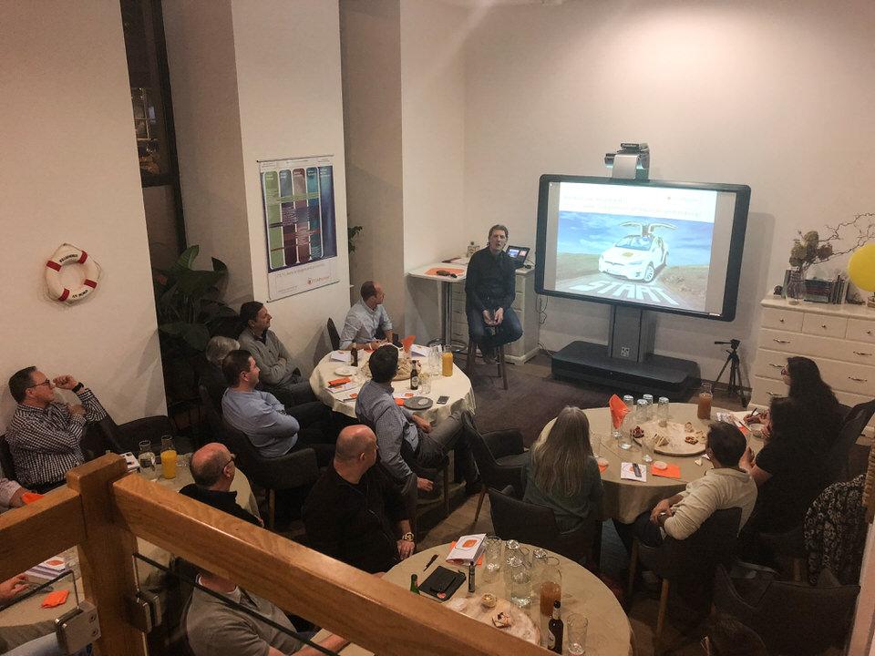 Diskussion zum Thema ITIL 4 beim ITSM Stammtisch im November 2018 von ITSM Partner in Wien.